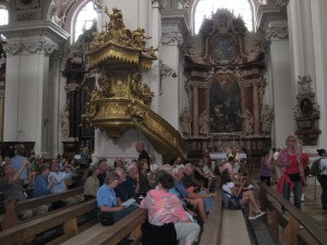 How to attend a German church service without leaving home