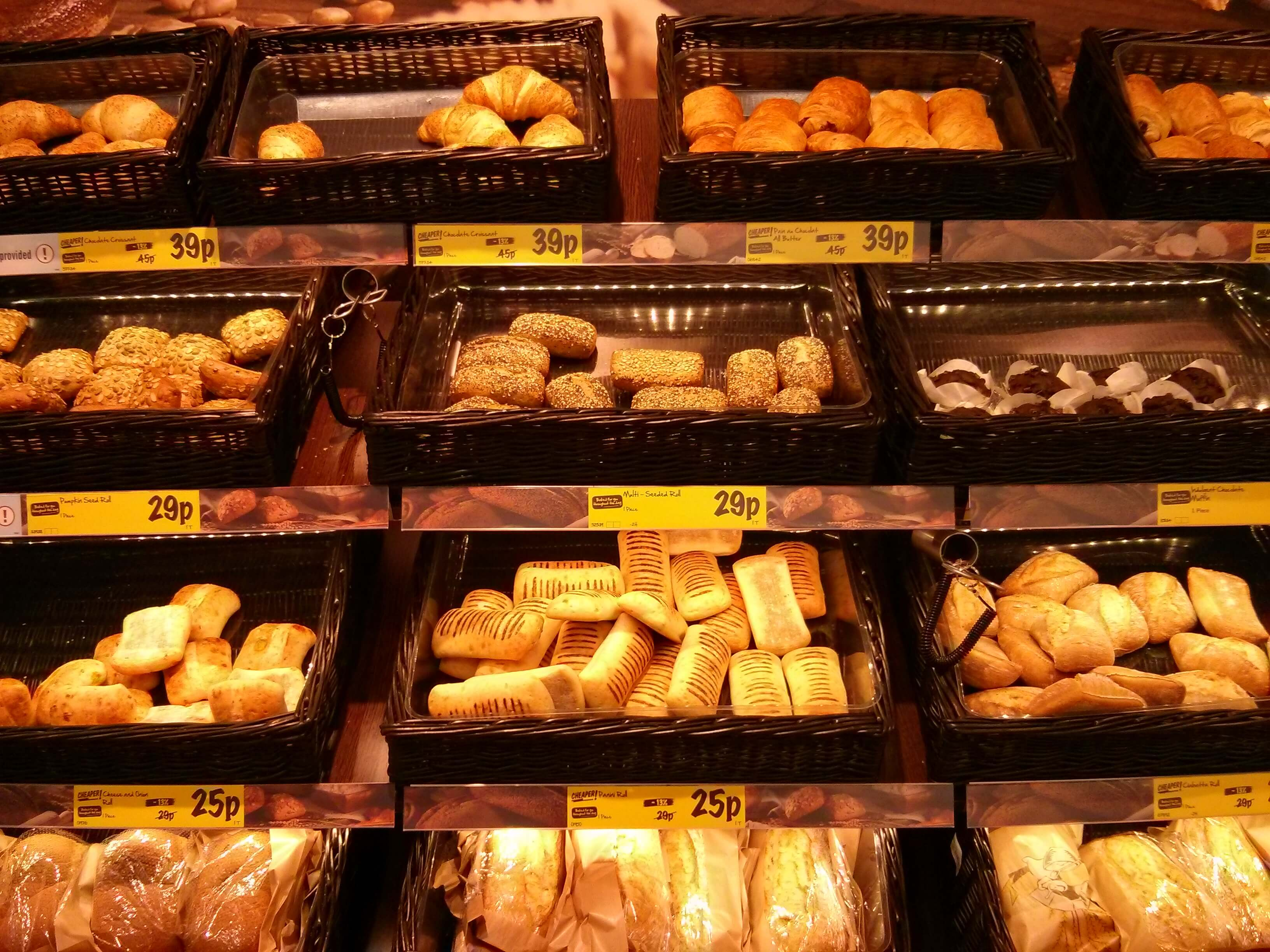 Lidl Roll Up Their Sleeves For More Bakeries Angelika S